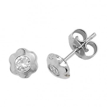 9ct White Gold Daisy With Cubic Zirconia Stud Earrings